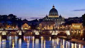 Foto da: https://www.rome-accommodation.net/it/vacanze/guide/monument/citta-del-vaticano